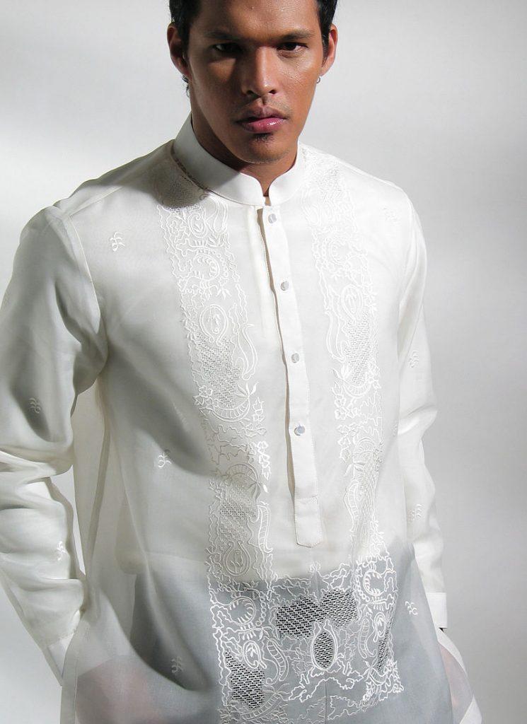 pambansang kasuotan ng lalaki barong tagalog